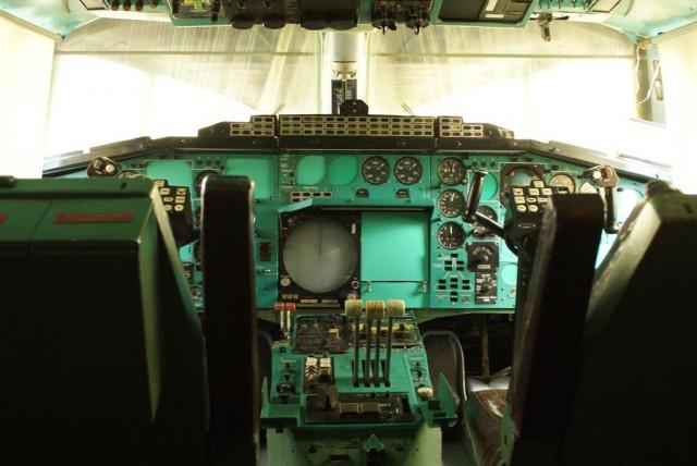 tu144-pilot